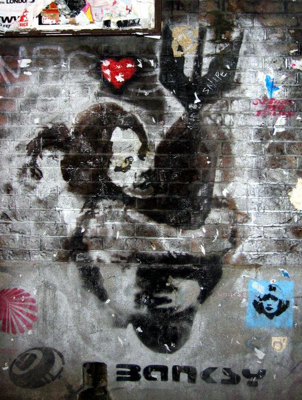 La Magie du Chaos, Terrorisme Magique par Marik Avril Banksy bomb