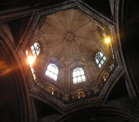 La Cathédrale Sainte-Eulalie de Barcelone à Barcelone, Harmonia Amanda, 2006.